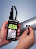 Special ultrasonic wall thickness gauge for thick walls